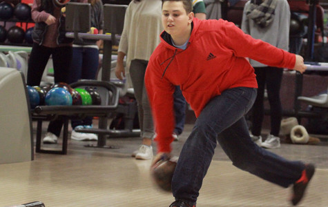 PHOTOS: Bowling team