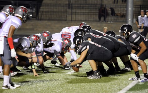 PHOTOS – Football Team Triumphs over BVW 35-14