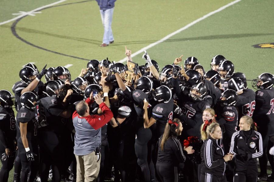 Lions dominate first round of post-season play against Shawnee Mission North 56-32: Slideshow