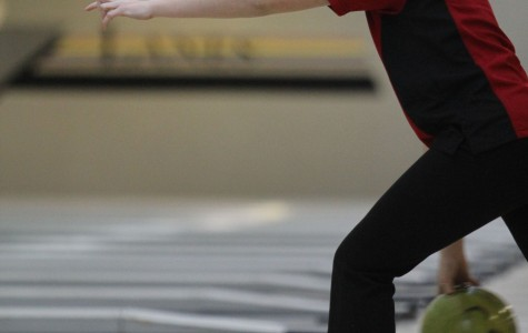 Bowlers succeed at state