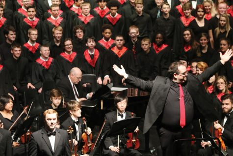UNITY — Randall Frye, assistant choir director, and the music program are applauded by the audience during Gala on Nov. 1, 2016.