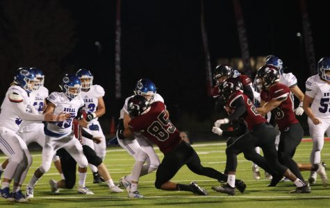 Lions exhibit adaptability in win against Washburn Rural football