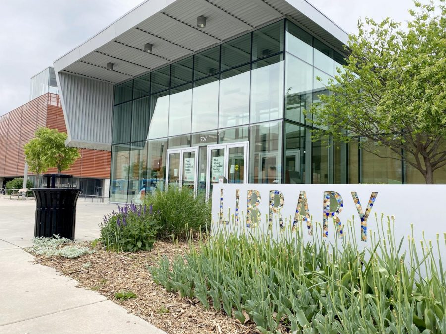 The+Lawrence+Public+Library+building+has+been+quiet+during+closures+stemming+from+the+coronavirus+pandemic+and+Gov.+Laura+Kelly%27s+stay+at+home+order.